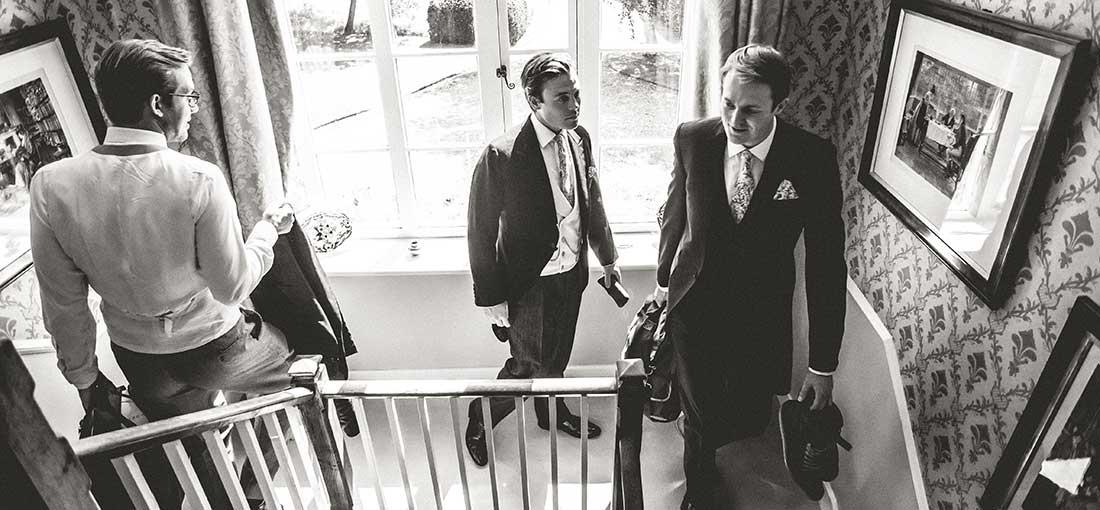 preparativos do noivo no dia do casamento