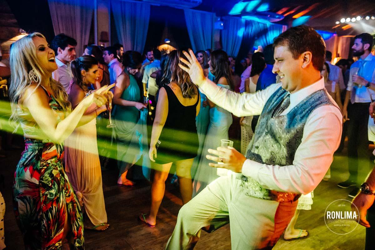 Destination Wedding na Praia do Estaleiro em Balneário Camboriú