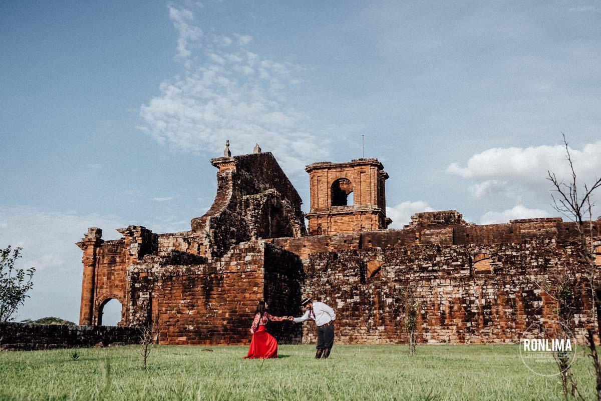 Ensaio Casal nas Missões Jesuítas do Rio Grande do Sul